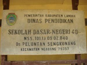 Plang SD N 40 Peluntan